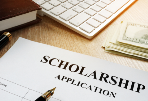 Scholarships for LGBTQIA+ Students | Due April 2022